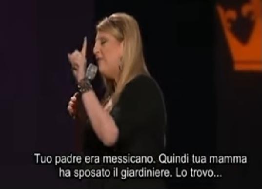 Lisa Lampanelli insulta il pubblico (sottotitolato)