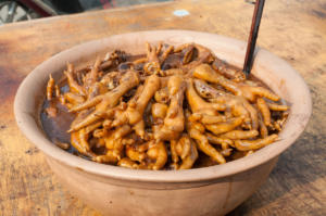 piatto cinese di zampe di gallina marinate