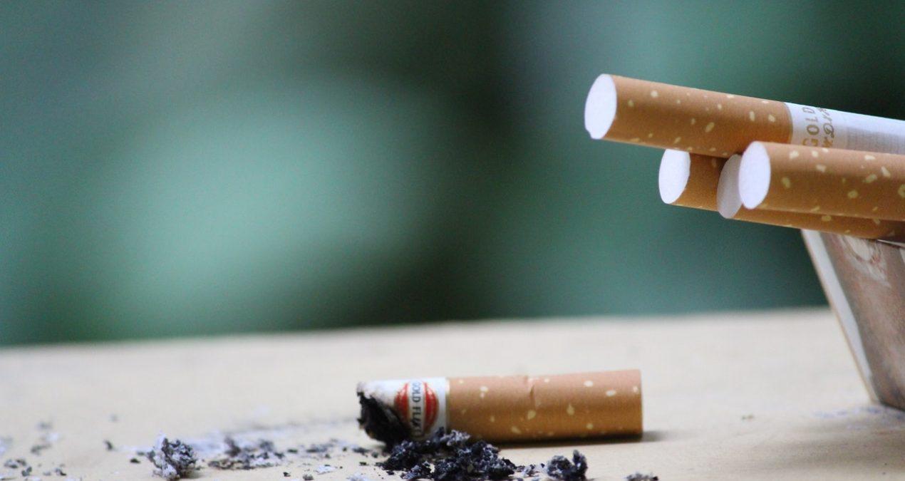 Cinque modi (in)utili per smettere di fumare