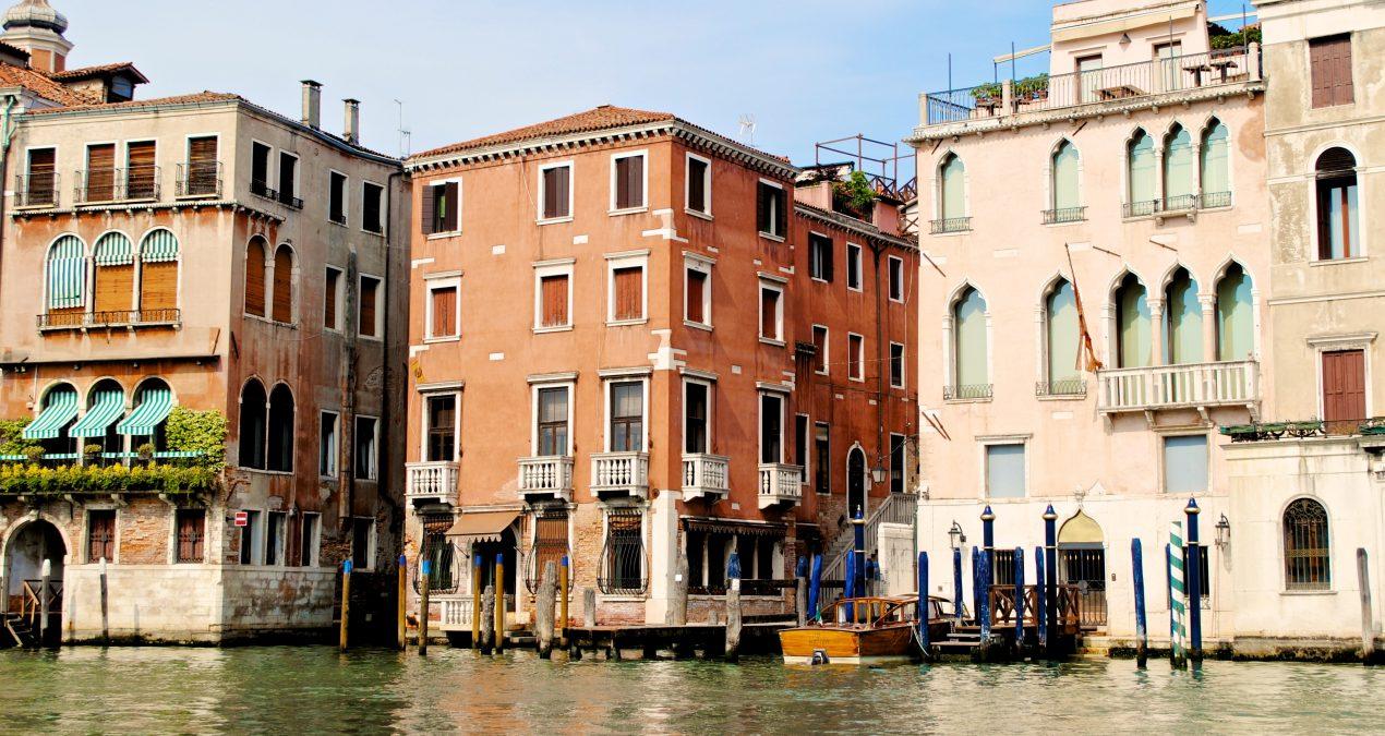 Nove inattaccabili motivi per metterti con un veneziano!